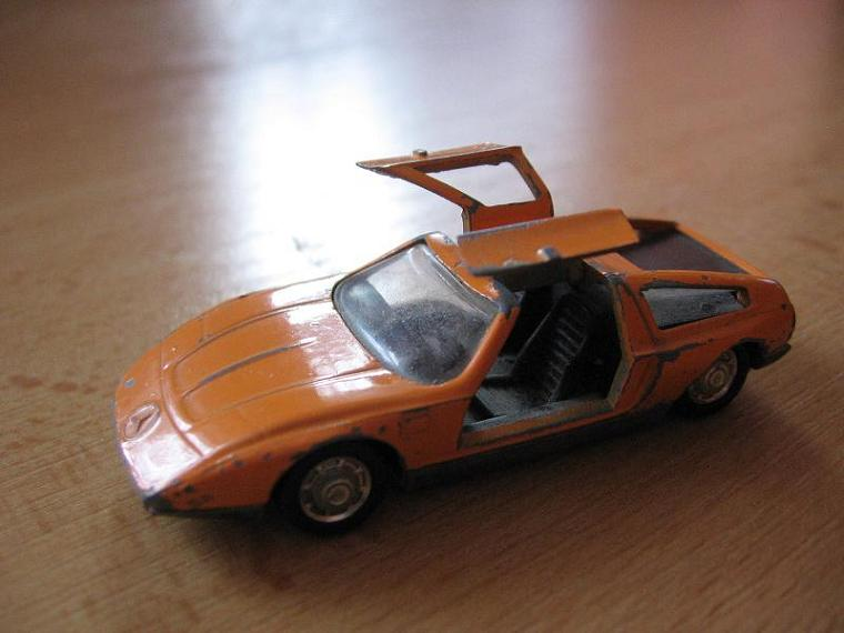 31 Mercedes C111.jpeg, 47kB